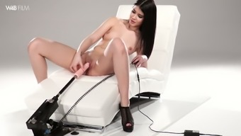 Slim babe in beautiful lingerie Girl Dee is assesments a new love-making system