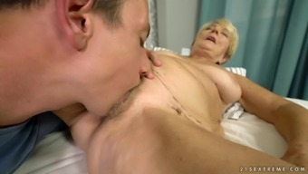 Mature woman Malya must have of a fellow's set up dong