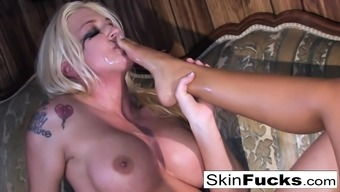 Skin's lesbian Doctor. Who might anal with Leya