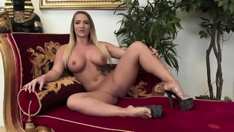 Lime distributes her legs at once and get a BBC