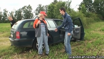 Old granny is twofold banged inside the professions
