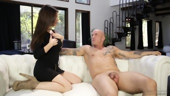 Lacey Channing cannot refrain from a inked fellow's astonishing human body