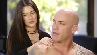 Lacey Channing seduces a bald striking partner for getting a fuck