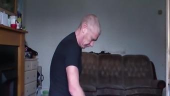 Suck -Slut veiled cam