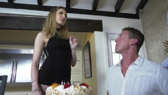 Dahlia Sky connects bisexual men to produce a wonderful threesome session