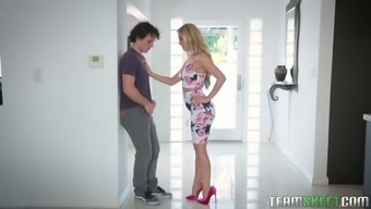 Sizzling MILF Karter Foxx get a lot of comfort from fucking other girl's BFs