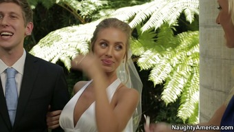 Nicole Aniston cheats on the fiance for the wedding day