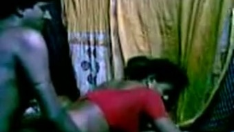 Attractive Indian maid got fucked very difficult in her puss by pal in their area