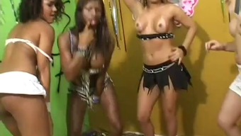 Brazilian shemale - samba event!!-