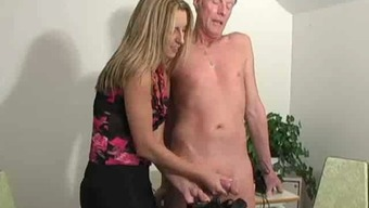 Sizzling Chief Date Jerking Old Adult man -F70
