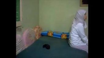 Hijab dishonest arab Partner anal kapali arkadan