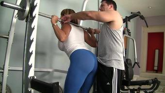 Astounding sex by using Ava Devine for her blessed fitness center instrucor