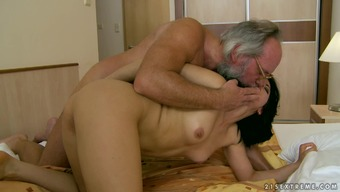 Old papa with the use of eyeglasses likes to test 69 present by using younger woman
