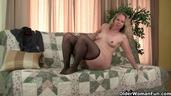 Mom's pantyhosed pussy gets her all sizzling and perverted