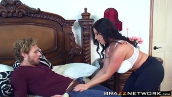 Abandoned stepmom Sheridan Love need to have a wild excitiment