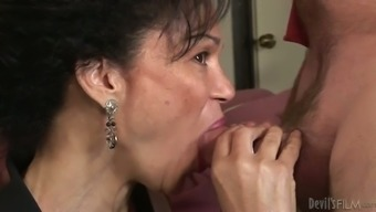 Cum feeling thirsty grannie tries to get those percentage delectable adult man liquid