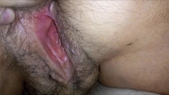 Great HAIRYass Moist Vaginal area