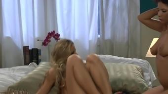 Evi Dog w Jessa Rhodes (lesbian)