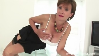 Dirty truly talking Uk milf teases her major tits