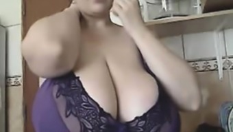 The BBW-Goddess - Alicia in House
