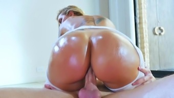 Ideal brown fucked in POV trend created to effectively swallow