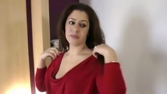 Nadia adores dicks