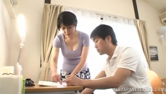 Misused Japanese milf is convincing this bf for sexual intercourse