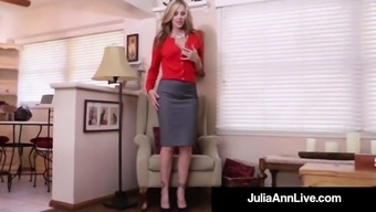 Big tits Milf Julia Ann Explodes Her Sizzling Pussy by using a Incline Dildo!