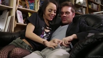 Attractive shop associate Hollow Hendrix gets analfucked from the clientele