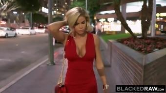 BLACKEDRAW Jessa Rhodes Loves Long night BBC