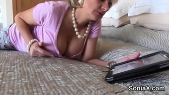 Cheating your native language milf girl sonia demonstrates her huge puppies35V