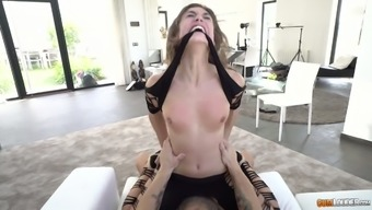 Immoral Spanish trail Julia Roca gives a rimjob and gets her pussy and have to deal with fucked