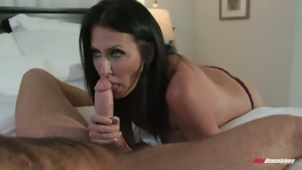 Gorgeous sexy bootyful and big tits MILF Reagan Foxx gives this type fantastic BJ