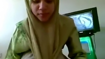 Asian hijab milf blowjob