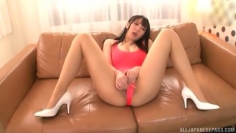 Pussy play with gorgeous Japanese Mashiro An and a lot of toys