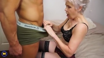 Anal and vaginal sex for granny and mom