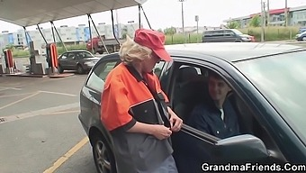 GrandmaFriends - A Tip for the Station Worker