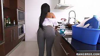 Natural boobs maid Aaliyah Grey takes off her clothes for cash