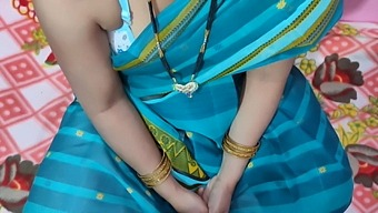 Beautiful Bhabhi fucking with boyfriend – hot sexy Indian desi