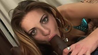 Nikki Nievez shows her cumdripping interracial creampie after a good deep fuck