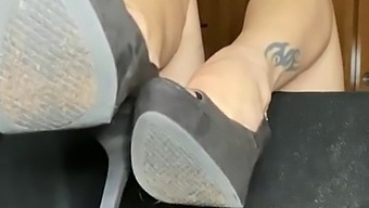 Virtual foot job