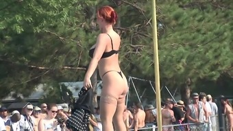 Exhibitionist Redheaded MILF Dances Exposed in Front of an audience