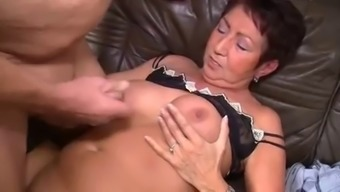 Old mom with the use of flaccid entire body
