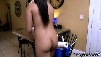Naughty stud contracted an exposed maid to wash off his apartment