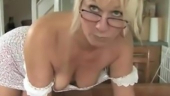 MELISSA Grow older DOWNBLOUSE Humiliate. HER TITS ARE Away from HER Tense DRESS ! 1