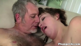 Substantial plumper stopped after cocksucking guy