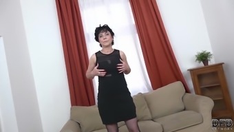 Granny threesomes by using 2(two) flawless all men pushing cocks in entrance