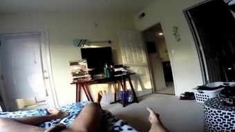 Home movie of Nicole Aniston blowing and jerking off her dude