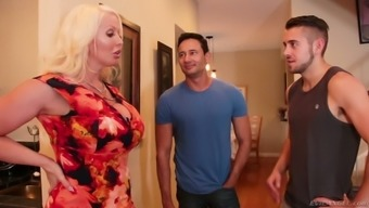 Several wild bisexual MMF threesome similar creatures gonna result from Alura Jenson