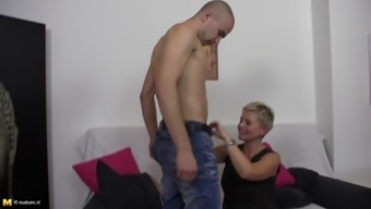 Nan shuts her eye area feeling the enjoy while riding throughout the solid penis with in old vs youthful love-making